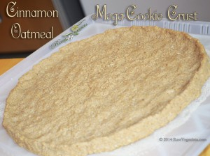 Raw Vegan Mega Cinnamon Oatmeal Cookie Crust