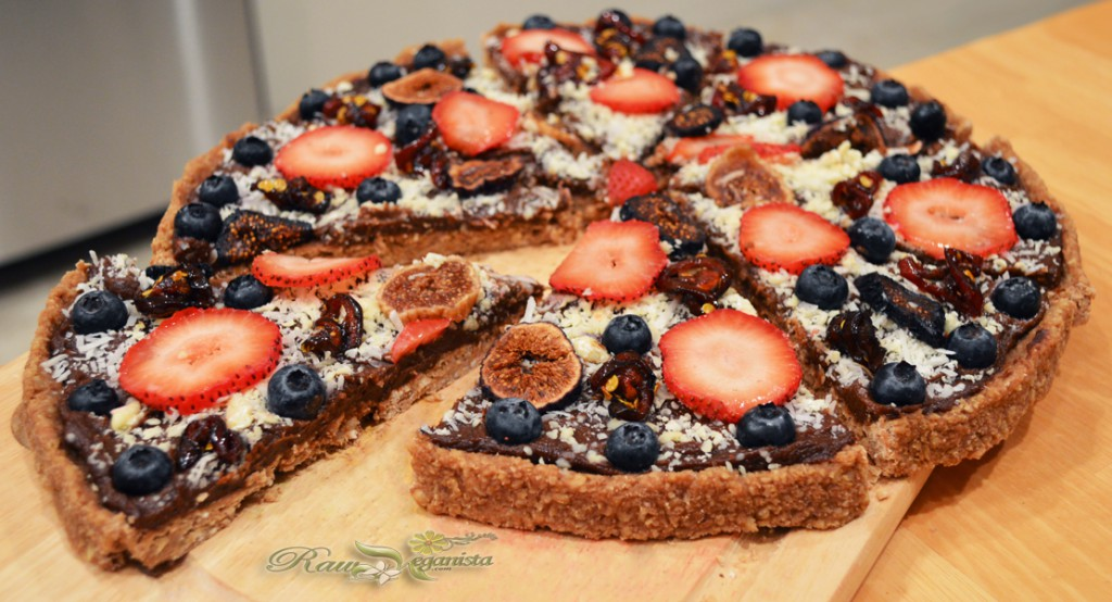 Raw Vegan Sweet Pizza w/Oatmeal Cookie Crust